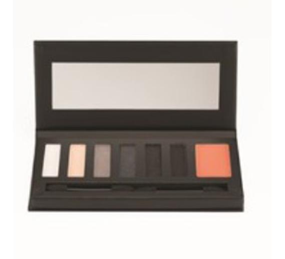 Smokin' Hot Palette Front Open (1).jpg